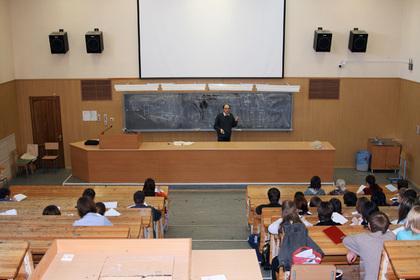 Занятия в одесских вузах отменили до весны