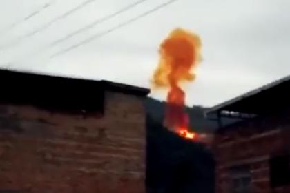 Кусок китайской ракеты упал и взорвался неподалеку от жилых домов