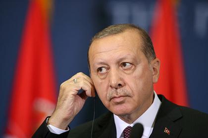 Эрдоган объявил оготовности убить создаваемую США «армию террористов»
