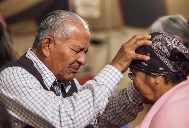 Пожилые дедушки геи евнухи