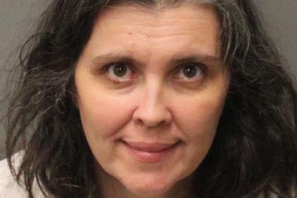 В Калифорнии арестована семейная пара, которая посадила на цепь 13 своих детей в возрасте от 2 до 29 лет