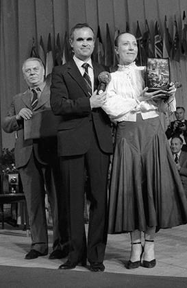 Актриса Инна Чурикова и режиссер Глеб Панфилов на XIII Международном кинофестивале в Москве.