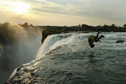 Замбия вслед за Трампом назвала себя «сраной дырой» и позвала туристов