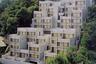 Комплекс домов Рокко расположен на холме с уклоном в 60 градусов. На строительство первого дома ушло пять лет.