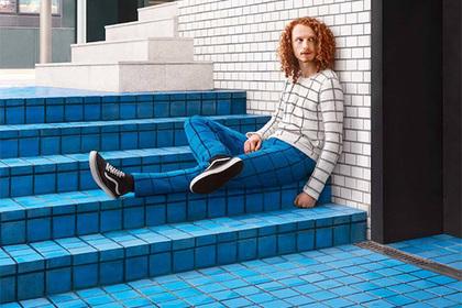 Британский фотограф показал свитера-невидимки