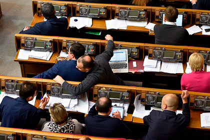 Рада приняла закон ореинтеграции Донбасса