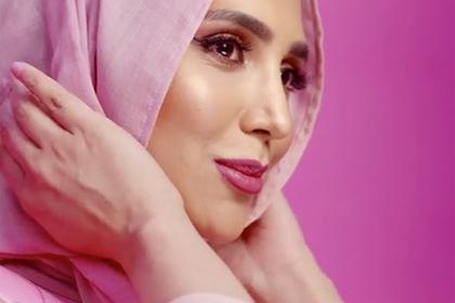 Мусульманка вхиджабе стала лицом бренда косметики для волос