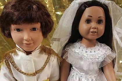 Принца Гарри и его невесту превратили в ужасающих кукол