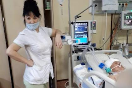 Глумившуюся над больными медсестру на Сахалине уволили за разглашение тайны