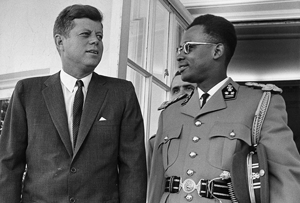Президент США Джон Кеннеди и Жозеф-Дезире Мобуту, 1963 год