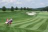 Президент США Дональд Трамп не изменяет себе — отдыхать предпочитает под своим брендом в гольф-клубе имени себя, расположенном в Бедминстере (штат Нью-Джерси). Зато, скорее всего, не на деньги бюджетников.