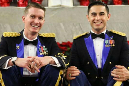 Пяные русские военные гей