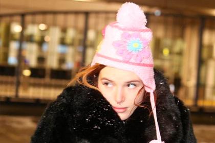 Диснеевскую актрису выставили из отеля за наркотики