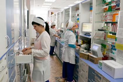 Аптекарей обяжут предлагать дешевые аналоги дорогих лекарств