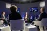Президент и генеральный директор Thomson Reuters Джеймс Смит и гендиректор BT Group Гэвин Паттерсон в ходе панельной сессии «Цифровая экономика».