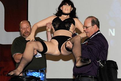 Pornhub выпустит секс-игрушки для участия вгрупповом сексе дистанционно