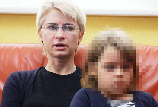 Сестра Кедиса Неринга Венцкене и его дочь Дейманте