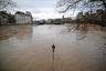 По прогнозам метеорологических служб, уровень воды в Сене поднимется в течение нескольких ближайших дней.