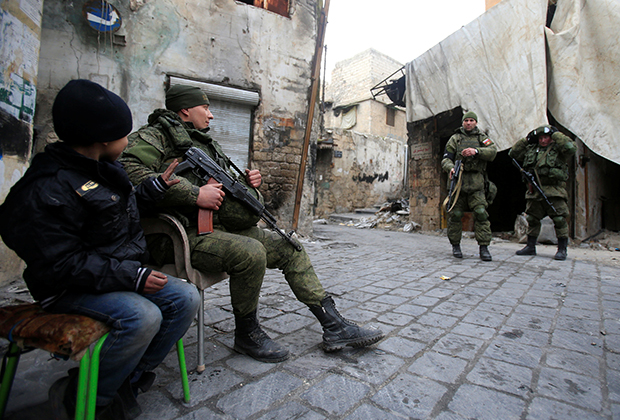 Бойцы российских ЧВК воевали с террористами ИГ в Сирии на самых опасных участках и несли ощутимые потери