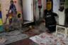 В Рио-де-Жанейро есть три основных наркокартеля. «Красная команда» (Comando Vermelho, CV) в 1990-е была самой влиятельной в городе, однако сейчас большая часть ее лидеров убита или арестована. Группировка исторически поддерживала связи с наркоторговцами из Колумбии и в том числе переправляла запрещенные вещества. Сейчас она конкурирует с «Настоящим третьим отрядом» (Terceiro Comando Puro, TCP) и «Друзьями друзей» (Amigos dos Amigos, ADA), которые ранее занимались лишь местными розничными операциями. Крупнейший бразильский синдикат — «Первая столичная команда» (Primeiro Comando da Capital, PCC) из Сан-Паулу — не связывался с торговлей наркотиками в Рио, пока в 2015 году колумбийская повстанческая группировка Революционные вооруженные силы Колумбии (FARC) не заключила мирное соглашение с правительством своей страны. Сейчас же PCC стремится взять под контроль основные маршруты поставок кокаина в Рио.