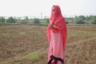 Неизвестные похитили 14-летнюю Данеши по дороге в школу в небольшом городке Добани 2 года назад. Ее удерживали в борделе в Мумбаи, заставляли заниматься проституцией под угрозой расправы. Это продолжалось более года. В борделе, помимо Данеши, находилось порядка 50 женщин, которые каждый день обслуживали клиентов практически без перерывов. Девушку спасли в ходе полицейского рейда 10 месяцев назад. Сейчас Данеши проживает в убежище Rescue Foundation в городе Бойсар.