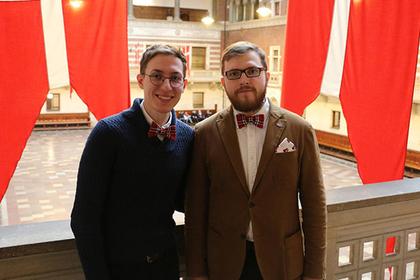 Рассказавшие о своем браке в России геи покинули страну