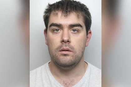 Британца посадили в тюрьму за мечты об изнасиловании подруги