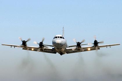 Русский истребитель перехватил самолет-разведчик США над темным морем