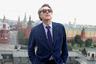 Бывший вокалист Roxy Music предпочитает классические костюмы ателье Anderson & Sheppard с лондонской Сэвил-Роу и рубашки Charvet из Парижа. В одежде 72-летний певец знает толк — подростком он работал подмастерьем у портного.