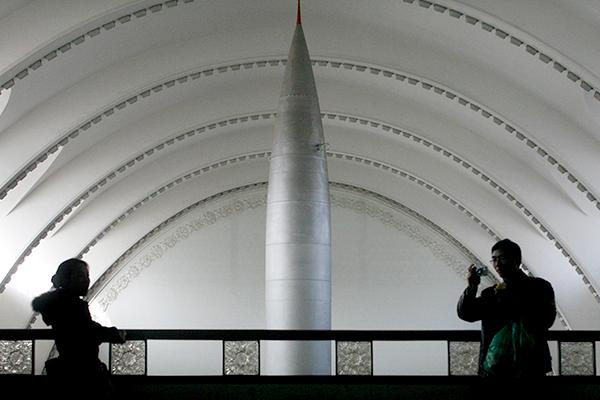 https://icdn.lenta.ru/images/2018/01/30/14/20180130143617897/detail_293dcebbe0498098dd237abe268e8a7c.jpg