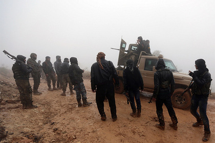 Турецких военных в Сирии сняли вместе с террористами