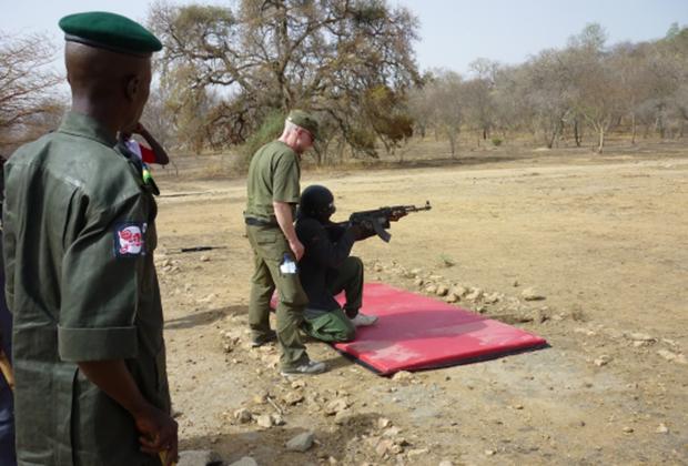 Борис Чикин — один из основателей ЧВК Moran Security Group обучает африканских бойцов
