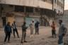 """В городе Рамади, столице иракской провинции Анбар, более 70 процентов строений так и не восстановили, хотя с момента ухода боевиков прошло уже два года. В ходе конфликта была повреждена практически треть домов. Из всех пяти пострадавших мостов через Евфрат ремонтируются только три, а 75 процентов школ до сих пор не заработали. «Мы не получили ни одного доллара на реконструкцию из Багдада. Когда мы просим правительство выделить средства, они говорят: """"Помогите себе сами, попросите у друзей в Персидском заливе""""», — рассказал член совета города."""