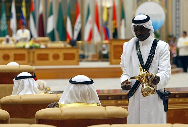 Нельзя исключать сценарий, при котором принца могут сместить в результате переворота