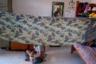 Одна из комнат в жилом корпусе убежища Rescue Foundation в Бойсаре. Девушки живут в комнатах по возрастам, по 6-7 человек. В комнате только самое необходимое: деревянные многоярусные кровати и железный общий шкаф для одежды.