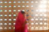 Бахья, 15 лет. Одна из немногих жертв международного секс-трафика. Была похищена в Нью-Дели и продана в бордель в столицу Непала, Катманду, где также процветает проституция. Девушка помнит, как несколько молодых людей затащили ее в машину, когда она возвращалась из магазина. В Катманду девушка провела полтора года, работала в небольшом борделе в туристическом центре Тамель. Была спасена в ходе рейда и отправлена обратно в Индию.