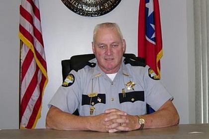 В США шериф пожалел свои машины и приказал застрелить нарушителя