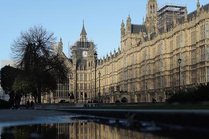 Доклад: Каждый пятый человек в британском парламенте подвергался домогательствам