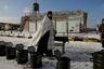Священник отец Александр освящает воду в расположении воинской части Лагунное 19 января 2018 года.