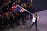 Сборная США выбрала знаменосца на церемонию открытия при помощи монетки. Флаг пронесла саночница Эрин Хэмлин. Всего в Играх-2018 примут участие 242 американских спортсмена.