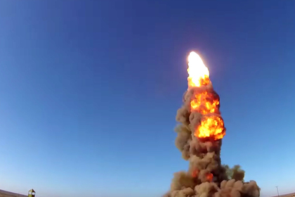 Российские военные успешно испытали новую ракету системы ПРО