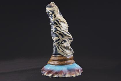 В Америке создали фаллоимитатор в виде пениса человека-рыбы из «Формы воды»