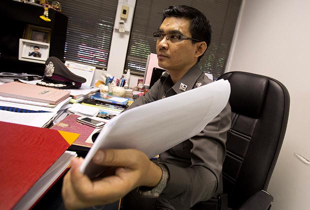 Следователь Деча Промсуван, работавший над делом Мицуоки Сигэты в 2014 году