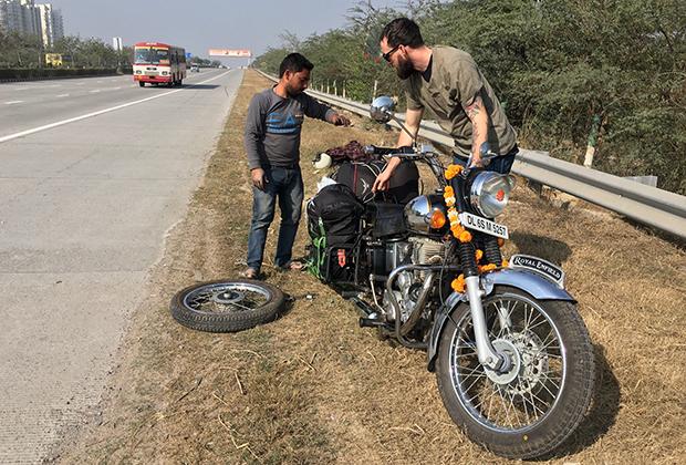 Церемония благословения мотоцикла
