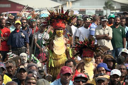 В Папуа — Новой Гвинее христиане призвали прекратить сожжение ведьм