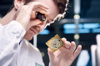 Швейцарцы выпустили новые часы с тахиметрической шкалой