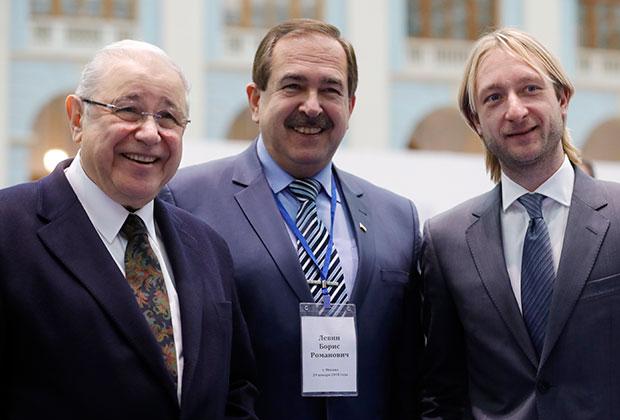 Евгений Петросян, врач Борис Левин и фигурист Евгений Плющенко на встрече президента Путина с доверенными лицами.
