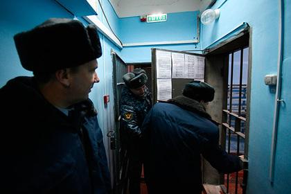 Тюремщики пожаловались на исламистов в российских колониях