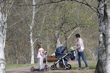 Раскрыты риски бедности для молодых россиян с детьми