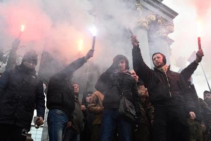 Неонацисты снова разгромили Россотрудничество в Киеве на глазах полиции